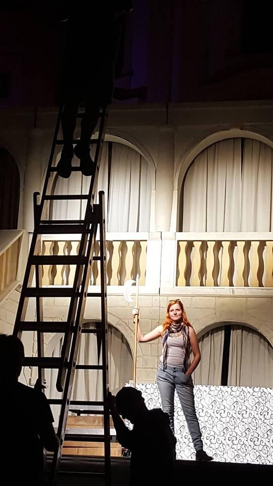 O divadelním svícení, Beetlejuice a potlesku