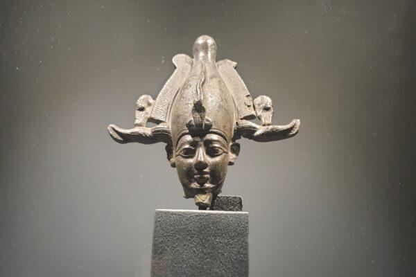 Sluneční králové v Národním muzeu